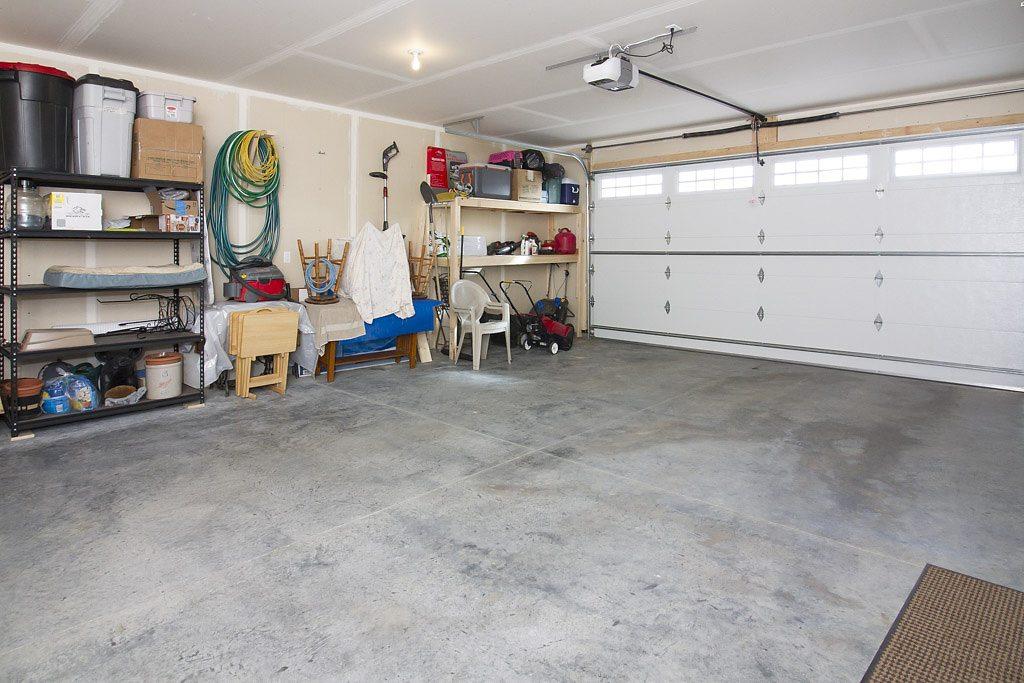 garage 5 - East Rosebud
