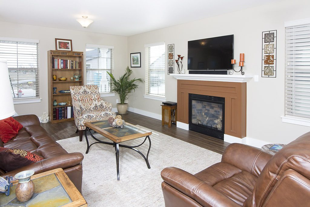 living room3 - East Rosebud