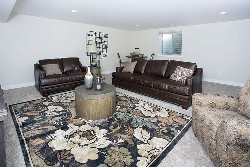 family room2 - Absaroka Valley