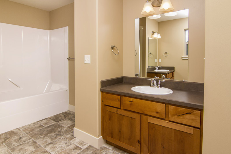 master bath2 - Beartooth Pass